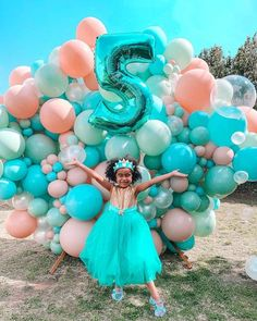 Under the Sea-inspired Balloon Install from a Turquoise and Pink Mermaid Birthday Party on Kara's Party Ideas | KarasPartyIdeas.com (17) Mermaid Party Decorations, Mermaid Parties, Balloon Decorations, Mermaid Balloons, Bubble Balloons, Mermaid Kids, Sprinkle Party, Backdrops For Parties, Mermaid Birthday