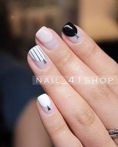 @jini_naildesigner #둥근프렌치 #네일 #네일아트 #41샵 #41shop #젤네일 #청담네일 #청담동네일 #nail #nails… Nexgen Nails Colors, Love Nails, Pretty Nails, Nail Colors, Romantic Nails, Minimalist Nails, Japanese Nails, Stylish Nails, Diy Nails