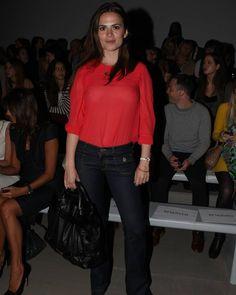 #hayleyatwell en la semana de la moda en Londres 2011 🌟 Hayley Atwell, Hayley Elizabeth Atwell, Red Leather, Leather Jacket, Hilarious, Ruffle Blouse, Jackets, Women, Fashion