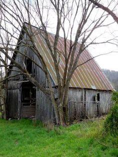 Barn In Powell, Missouri