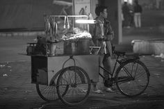 Garküche  hanoi street food by underflo, via Flickr