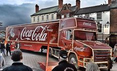 You know Christmas is here when this badass rolls up. #cocacola #coke #cocacolatruck #xmas #holidaysarecoming #cokelorry #coketruck #xmas #christmas #dadblogger #dadbloggers #pbloggers #parenting #lifestyle #mums #dads #familyvlogs #blogging #marriedvlogg