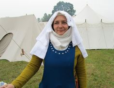 My 14th century dress and frilled veil.