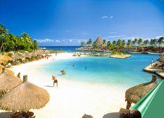 大人リゾートとして、世界中から観光客が休日を過ごしに訪れるメキシコ、カンクン。 カンクンには、一度訪れたらクセになってしまうほど美しいビーチがあり、リゾート地としてハネムーン旅行に訪れる人も多いです。 そんなカンクンが、カリブの楽園である7つの理由をオススメの観光スポットとともにご紹介します♪ 1.カンクンビーチ...
