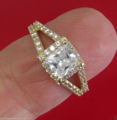 Real Solid 14KT Yellow Gold..1.89 cts Princess Brilliant cut Engagement ring