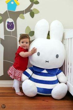 Miffy-us Gigantibus Toys For Boys, Kids Toys, Female Rabbit, Rabbit Art, Bunny Rabbit, Kawaii Doll, Miffy, Fabric Toys, Cute Toys