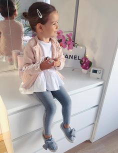 43 Best Ideas For Baby Girl Outfits Spring Kid Styles Toddler Girl Style, Toddler Girl Outfits, Toddler Fashion, Kids Fashion, Little Girl Outfits, Little Girl Fashion, Noora Style, Outfits Niños, Look Girl