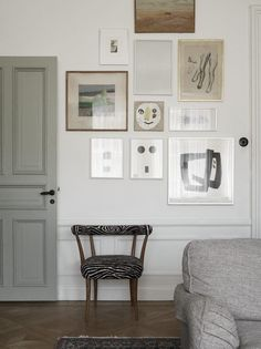 Art gallery living room