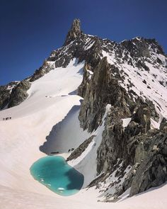 Lake discovered 11,000ft high in the Alps, in 'truly alarming' sign of climate change | The Independent Monte Everest, Juno Beach, The Mont, French Alps, Walk Past, See Videos, Environmental Issues, Central Europe, Mountain Range