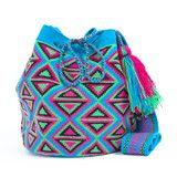 Hermosa Wayuu Mochila Bag | WAYUU TRIBE – SHOP HANDMADE WAYUU BAGS | FREE GLOBAL SHIPPING