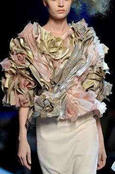 Christian DiorHaute Couture Fall 2011 via: