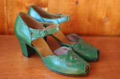 1940s shoes / 40s green peeptoe heels / size 5.5. $170.00, via Etsy.