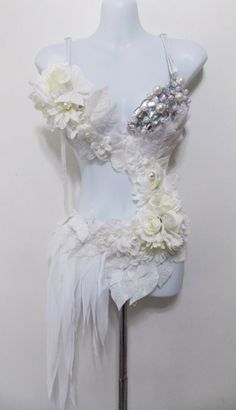 Winter Fairy Monokini, Rave Bra Irredescent Rhinestones, Pearls from SugarRoxCouture on Etsy. Saved to fun bras. Rave Festival, Festival Wear, Festival Outfits, Festival Fashion, Rave Costumes, Belly Dance Costumes, Monokini, Danza Tribal, Party Hard