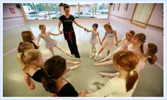 """Ballet lessons at """"All That Dance"""""""