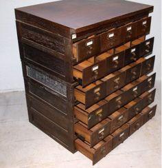 Industrial de oficio - Mueble de cajones : Va de retro, MOBILIARIO VINTAGE Y RETRO.Muebles industriales de fábrica y de oficio, design escandinavo, muebles de los años 50 …