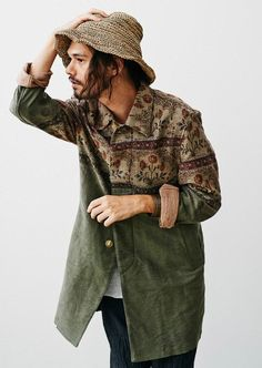 36 Best Bohemian Men Fashion Styles 2018 - Another! Style Outfits, Komplette Outfits, Sport Outfits, Streetwear, Look Fashion, Trendy Fashion, Fashion Design, Fashion Styles, Bohemian Fashion