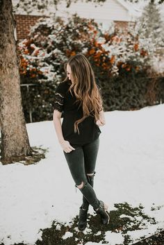Monochromatic all black look. I love that lace top and love that it is lined so you don't have to wear a tank top under it. Plus those distressed jeans couldn't be more perfect!