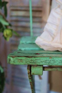 {chippy green paint}