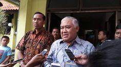 Din Syamsudin: Kondisi Kehidupan Berbangsa Memprihatinkan http://malangtoday.net/wp-content/uploads/2017/01/Din-Syamsudin.jpg MALANGTODAY.NET – Mantan Ketua Umum Pimpinan Pusat Muhammadiyah, Din Syamsuddin menyebutkan, kondisi kehidupan berbangsa dan keumatan di Indonesia saat ini sangat memprihatinkan. Ia pun menyampaikan keprihatinanya itu kepada Presiden Joko Widodo (Jokowi), agar negara segera mengambil... http://malangtoday.net/flash/nasional/din-syamsudin-kondisi-