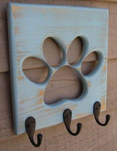 Dog Leash Holder Paw Pet Wooden Pet Collar Rack Oil Rubbed Bronze Hooks Distressed Calypso Perfect for the leashes. Into The Woods, Animal Projects, Wood Projects, Dog Leash Holder, Dog Rooms, Dog Crafts, Pet Collars, Dog Accessories, Accessories Online