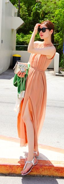 Maxi Dresses on Luulla Orange Suit, Asian Street Style, Beach Essentials, Chiffon Maxi Dress, Woman Beach, Lovely Dresses, Suits For Women, Style Guides, Karl Lagerfeld