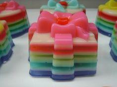 Mini layered agar agar cakes