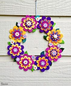 If your kids or tweens need a boredom-buster this summer, this fun and easy Foamies flower wreath is the perfect kids craft!Make a pretty flower wreath with a foam flower kit - diy tutorial idea, decor crafts for kids Look no further than craft foam, Foam Sheet Crafts, Foam Crafts, Crafts To Make, Craft Projects, Crafts For Kids, Paper Crafts, Craft Foam, Decor Crafts, Crafts With Foam Sheets