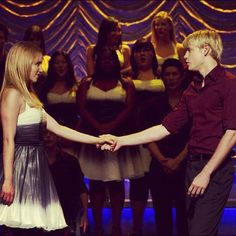i liked when quinn and sam were together :) so seeing quam back together ^.^