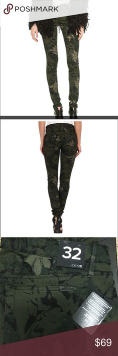 """Joe's Jean Floral Camo Joe's Jeans leggings in camouflage-floral-print twill. Approx. measurements: 9"""" rise; 10"""" leg openings; 32"""" inseam. Front zip and back slip pockets. Fitted through skinny legs. Full-length. Button/zip front; belt loops. Modal/polyester/spandex. Made in Mexico. Joe's Jeans Jeans Skinny"""
