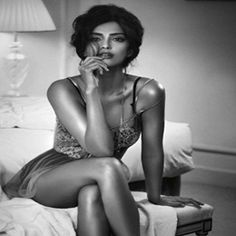 Sonam Kapoor Hot and Sultry Images