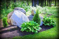 Muutaman päivän pihauurastus on saatu päätökseen. Vaikka kukkia ja istutuksia tuli hankittua kassikaupalla ja rahaa sai kulutettua ihan suju... Landscaping With Boulders, Garden Landscaping, Garden Projects, Garden Ideas, Garden Planning, Bouldering, Container Gardening, Garden Plants, Planting Flowers