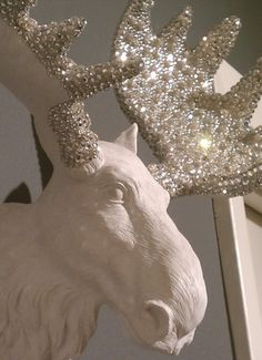 OMG, I'm not big on moose heads, put but some bling on it - and this is cute!