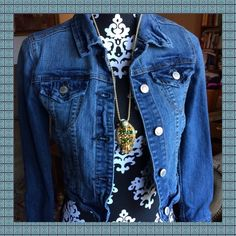 NEW LISTINGJEAN JACKET New ListingGreat in style Jean jacket, size small. Gently worn but in excellent condition. No frays or tears, all buttons firmly in place. True to size. Jackets & Coats Jean Jackets