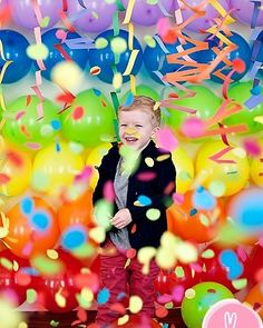 Colorful confetti-filled #photobooth #backdrop at this #event!Photo via #momtog