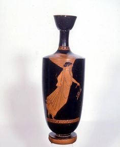 Nike, diosa de la Victoria. Lécito griego (s. V a.C.). Museo Arqueológico Nacional. Madrid. España.