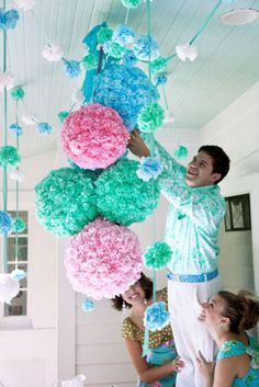 Pom-pom party pouf and garland from @Chronicle Books #HappyHome