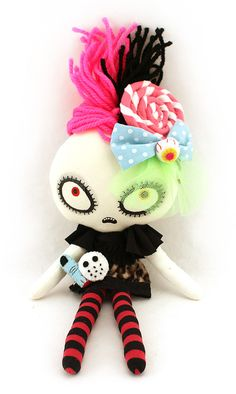 Halloween Eye Candy: Sweet & Creepy Plushies by Mizna Wada 12