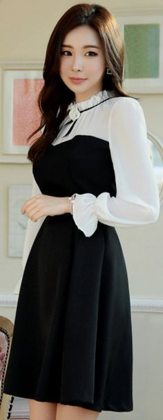 StyleOnme_Brooch Set Romantic Chiffon Flared Dress #black #white #chiffon #dress #feminine #koreanfashion #kstyle #kfashion #seoul