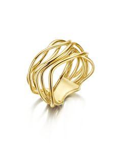 [[TXTBLOK][1548][...]] Gouden ring gevlochten  Naast de zorgvuldig geselecteerde nationale en internationale sieradenmerken, biedt juweliershuis Veerman Juwelen ook een zeer uitgebreide huiscollectie. Deze collectie vol exclusieve sieraden selecteren wij op de toonaangevende sieradenbeurzen wereldwijd. Of u nu op zoek bent naar een tijdloze solitairring, luxe schakelcollier of stijlvolle armband; in onze winkel treft u een uitgebreide selectie juwelen. In onze webshop vindt u slechts een…