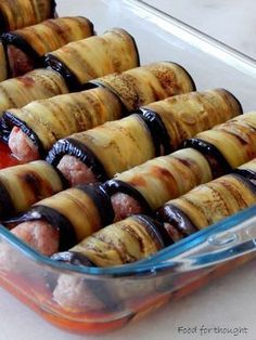 Food for thought: Aubergine rolls with minced meat Low Sodium Recipes, Meat Recipes, Cooking Recipes, Healthy Recipes, Cetogenic Diet, The Kitchen Food Network, Minced Meat Recipe, Greek Cooking, Greek Dishes