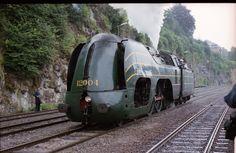 Belgium Steam Locomotive (by sandy1618).