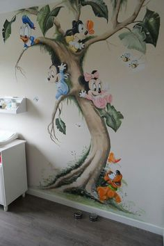 Super Baby Zimmer Ideen Disney Wandbilder Ideen – – Informations About Super Baby Room Ideas Disney Wall Murals … Mural Da Disney, Disney Wall Murals, Disney Art, Disney Baby Nurseries, Disney Nursery, Mickey Mouse Nursery, Baby Room Art, Baby Room Decor, Paintings For Baby Room