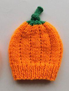 Ravelry: Pumpkin Baby Hats pattern by marianna mel Pumpkin Hat, Baby In Pumpkin, Preemie Babies, Halloween Crochet, Baby Hats, Ravelry, Knitted Hats, Knitting Patterns, Cute