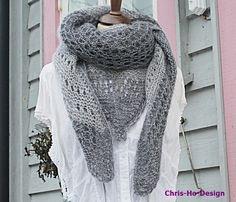 Stort og florlett sjal i grått.