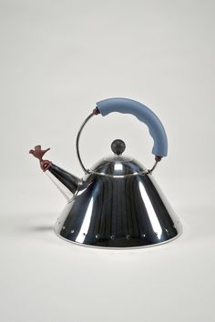 Alessi Whistling Bird Kettle  5/10 $65. NOW SOLD 🔥 #alessi #kitchenware #kitchengadgets #kettles #vintage #funky #ebay #love #stainlesssteel #follow #michaelgraves