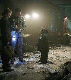 Bones Season 2 - The Girl in Suite 2103 | Emily Deschanel as Dr. Temperance Brennan David Boreanaz as Special Agent Seeley Booth  ©2006 Fox Broadcasting Co. Cr: Isabella Vosmikova/FOX