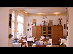 Hotel Kaufhold - Haus der Handweberei - Waltrop - Visit http://germanhotelstv.com/kaufhold-gmbh-haus-der-handweberei This family-run hotel is located in the town of Waltrop 10 minutes from the A2 motorway. Hotel Kaufhold offers free Wi-Fi free parking and free use of a shared kitchen. -http://youtu.be/o6z0ar7Zfgc