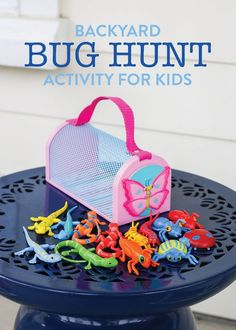 Grab a bug catcher & invite your kids to go on a bug hunt. This Backyard Bug Hunt Activity For Kids is so easy to put together and is perfect for outdoor (or indoor) play! This is a great spring or summer activity.