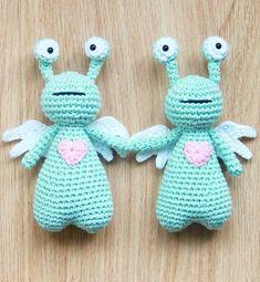 Valentine crochet idea! Amor the Love Monster crochet pattern by Little Bear Crochets: www.littlebearcrochets.com  #littlebearcrochets #amigurumi #valentine