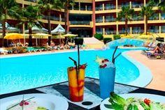 As férias mais animadas do Algarve estão em Albufeira. No Hotel Baía Grande, junto à praia de São Rafael, 7 noites para 2 pessoas+1 criança em regime de meia pensão a partir de 439€! - Descontos Lifecooler